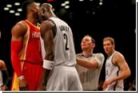 Кевин Гарнетт подрался с Дуайтом Ховардом во время матча НБА