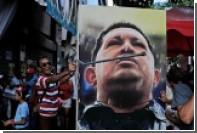 Мэр столицы Венесуэлы приказал повесить портрет Чавеса на всех столбах