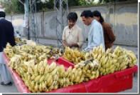 В Индии из вора извлекли золотую цепочку при помощи 48 бананов