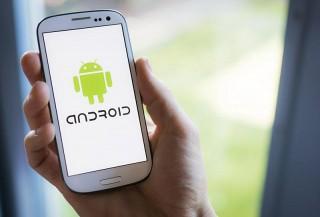 Тим Кук надеется на укрепление рубля и перебежчиков с платформы Android