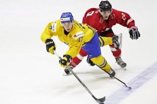 Швейцарский хоккеист за 9 секунд оформил дубль в матче с белорусами