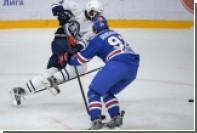 Болельщики «Спартака» кинули на лед банан в матче КХЛ с хорватским клубом
