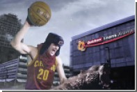 Баскетболист Мозгов прокатился на медведе в шапке-ушанке