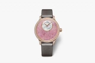 Jaquet Droz выпустила женские часы ко дню святого Валентина