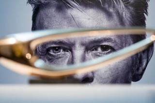 Дэвида Боуи и Леонарда Коэна посмертно номинировали на премию Brit Awards