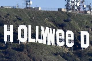 Неизвестный переделал надпись Hollywood «в честь» марихуаны