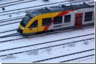 Снеговик на путях причинил ущерб поезду в Германии