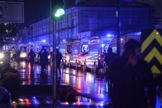 Появилось видео нападения стамбульского террориста на ночной клуб