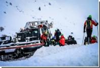 Число жертв схода лавины в Италии выросло до 23 человек