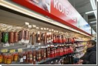 Минздрав предложил сократить рекламу колбасы и чипсов на телевидении