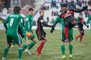 Эксперт посчитал футбольные клубы с Урала и Сибири ненужными для РФПЛ