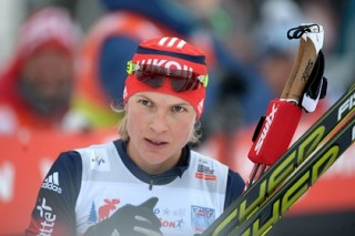 Российские лыжницы победили в командном спринте на этапе Кубка мира