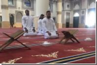 В сети обрушились с критикой на выложившего фото из мечети соперника Кличко