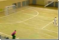 Белорусский вратарь забил гол ударом с лета от своих ворот