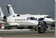 Пилота в Финляндии раздавило дверью самолета