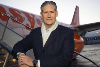 Глава авиакомпании понизил себе зарплату ради женщин