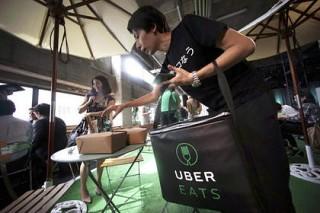 Uber придумал регулярные поборы за доставку еды