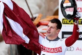 Латвийский спортсмен назвал россиян грабителями олимпийского духа
