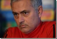 Моуринью ответил назвавшему его человечишкой тренеру «Челси»