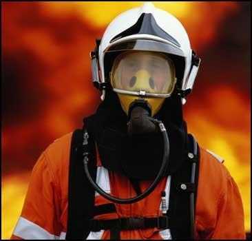 Более ста человек заживо сгорели в бензине