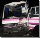 Шокирующее ДТП: автобус с пассажирами влетел в КамАЗ. ФОТО