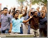 Протесты на Мальдивах: демонстранты захватили 10 полицейских участков