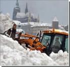 Сильнейший снегопад парализовал Словакию и Чехию