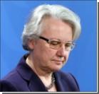Из-за скандала с плагиатом министр образования ушла в отставку