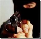 В Киеве вооруженный грабитель ворвался в аптеку