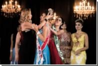 Бразильянка силой отняла корону у соперницы на конкурсе красоты