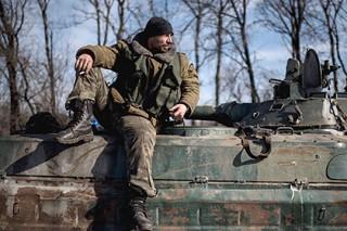 Кэмерон объявил об отправке на Украину военных инструкторов