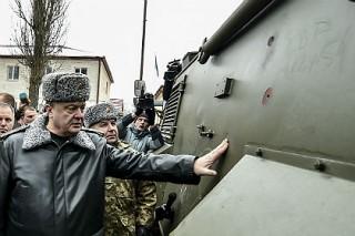 Британский генерал назвал броневики Saxon бесполезными для украинской армии