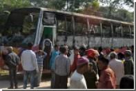 Семь человек погибли в результате поджога автобуса в Бангладеш