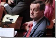 Депутата от французской правящей партии накажут за встречу с Асадом