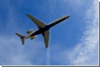 В США из-за заклинившей двери самолет посадили без командира судна