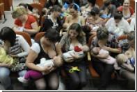 Появление женской груди связали с равнодушием самцов к детям