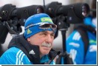 Тренер сборной России по биатлону пообещал сбрить усы ради Шипулина