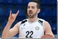 Баскетболисты вышли на матч Единой лиги ВТБ в майках «я не дебил»
