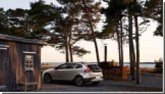 Volvo представила обновленную модель V40