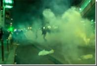В Париже произошли новые столкновения протестующих с полицией
