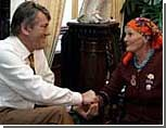 """По требованию Ющенко баба Параска стала членом """"Нашей Украины"""""""