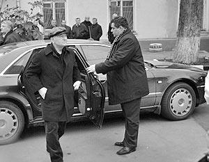 ФАС не дает Лужкову парковаться