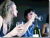 Ученые: Умеренно пьющие люди с возрастом чувствуют себя лучше трезвенников