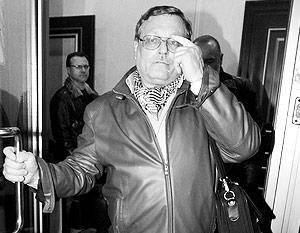 Экс-посол Чамов признал справедливость своей отставки