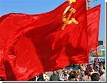 """Украинские националисты протестуют против вывешивания """"красных тряпок"""" 9 мая на улицах Одессы"""