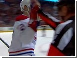 """Игрок """"Монреаль Канадиенс"""" отпраздновал свой гол с арбитром"""