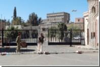 Силы ПВО Йемена обстреляли неизвестные самолеты над президентским дворцом