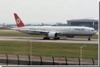 Турецкий самолет совершил срочную посадку из-за сообщения о бомбе на борту