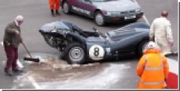 Дорогостоящая авария раритетных автомобилей в Великобритании