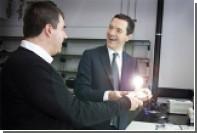 Первую графеновую лампочку представили в Великобритании
